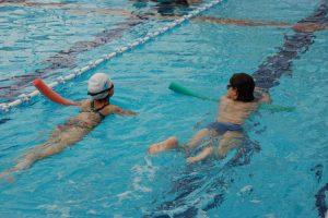 קורס מדריכי שחייה: איך מלמדים שחייה ילדים עם שוני